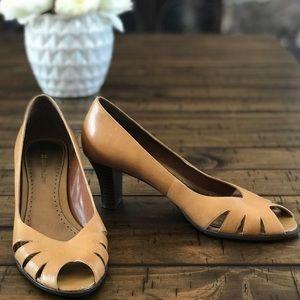 Naturalizer Tan Leather Peep Toe Block Heel Pumps